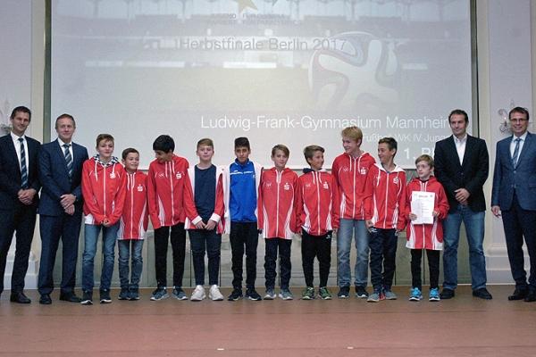 Ludwig-Frank-Gymnasium Mannheim – Fußball WK IV Jungen – 1. Platz Bundesfinale
