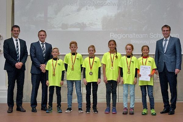 Regionalteam Schwaben – Skisprung WK IV Gemischt – 1. Platz Bundesfinale